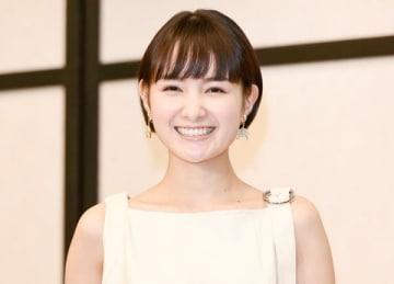 「2019年 エランドール賞」の授賞式に出席した葵わかなさん