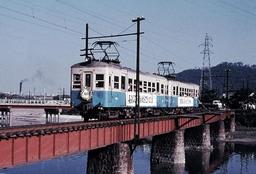 運行最終日に走った淡路交通の花電車=1966年9月30日、兵庫県洲本市