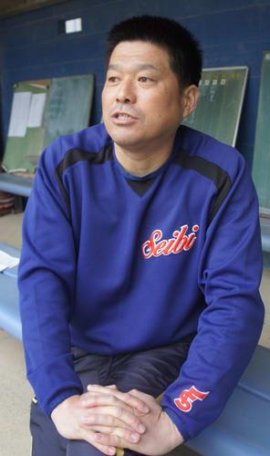 5年ぶりの選抜大会に向けて思いを語る井本監督(福知山成美高)
