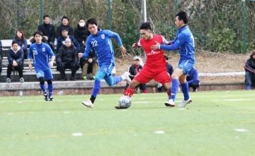 ハノイ工科大学サッカー部と筑波大学蹴球部の交流試合が実施された=1月、茨城県(関彰商事提供)