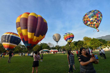 ふんわり大空散歩 マレーシア·ペナンで熱気球フェスタ