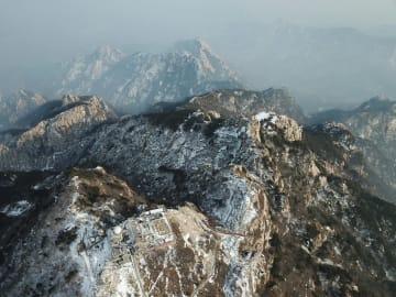 泰山が雪化粧 山東省