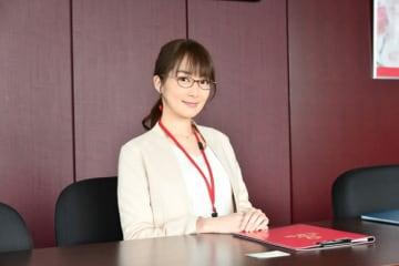 高梨臨、順子のライバルとなる人気講師の百田朋奈に - (C) TBS