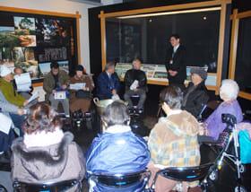 「友の会」の活動などへの理解を深めた参加者たち