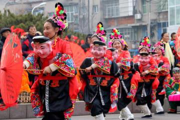 中国各地で新春祝う伝統行事