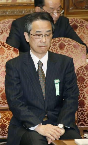 衆院予算委に出席した中江元哉元首相秘書官=15日午前