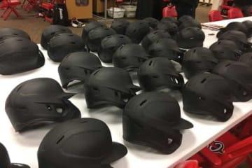 大谷翔平が2020年用に使用する予定のフェイスガード付きヘルメット【写真:盆子原浩二】