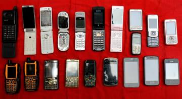 中国国内携帯電話出荷台数、1月は12·8%減