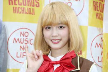映画「BACK STREET GIRLS-ゴクドルズ-」に登場するアイドルグループ「ゴクドルズ」のデビューアルバム「IDOL Kills」のリリースイベントに登場した松田るかさん