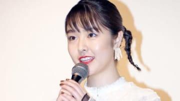 オムニバス映画「21世紀の女の子」の初日舞台あいさつに登場した唐田えりかさん