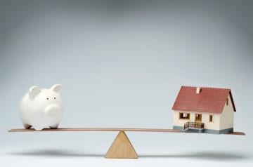 皆さんから寄せられた家計の悩みにお答えする、その名も「マネープランクリニック」。今回の相談者は、2500万円の住宅ローンを組む予定の40歳女性会社員。貯蓄ペース、教育資金や老後資金、住宅ローン減税等について、ファイナンシャル・プランナーの深野康彦さんがアドバイスします。