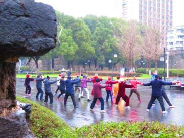 「健康な高齢化を」と中国メディア、「第2次人口ボーナスの形成促す」とも