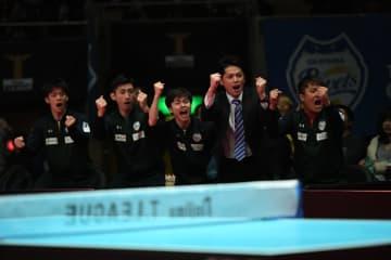 【卓球・Tリーグ】地元・岡山で10ゲーム連取の快挙 世界代表の吉村が5連勝