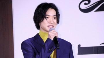 劇場版アニメ「二ノ国」の新プロジェクト製作発表会見に登場した山崎賢人さん