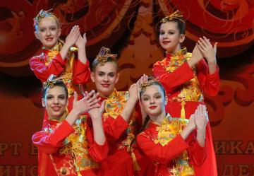 中国語学習者が元宵節の夕べを開催 ベラルーシ·ミンスク