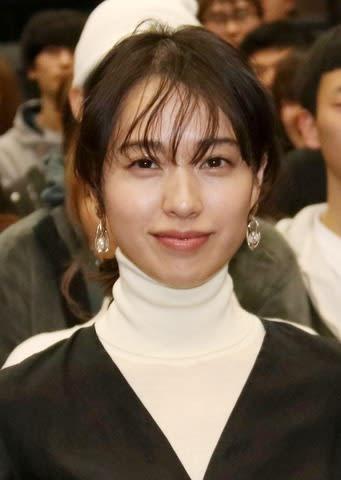映画「あの日のオルガン」の特別試写会に出席した戸田恵梨香さん