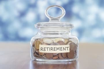 国民年金保険料は支払わなければ、支払わなかった分だけ年金が少なくなる仕組みになっていますが、この仕組みによって、老後に意外な落とし穴があるかも? そんな危険性についてお伝えしたいと思います