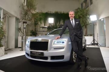 ロールスロイスの35台限定車「シルバーゴーストコレクション」と同社のトルステン・ミュラー・エトヴェシュ取締役社長