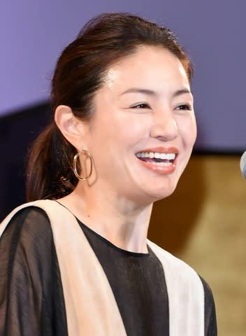 「2019年 エランドール賞」の授賞式にプレゼンターとして出席した井川遥さん