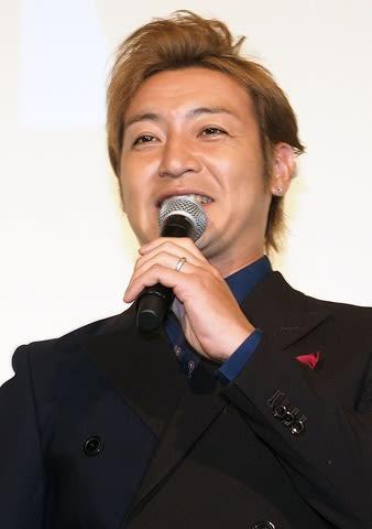 「劇場版ウルトラマンR/B セレクト!絆のクリスタル」の完成披露上映会に登場したつるの剛士さん