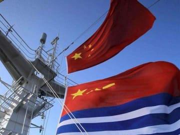 中国軍艦が日本海航行、日本は異例の「はやぶさ型ミサイル艇」出動―中国メディア