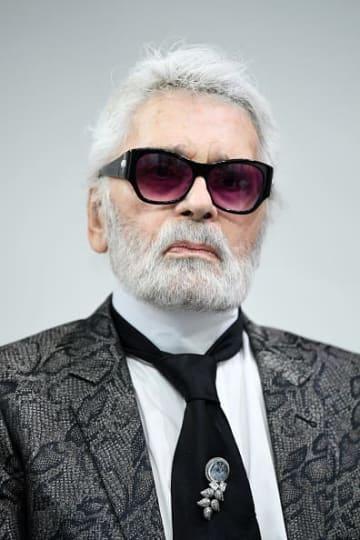 Karl Lagerfeld, Chanel fashion designer, dies at 85