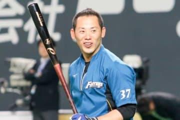 昨季限りで現役を引退した日本ハム・矢野謙次特命コーチ【写真:石川加奈子】
