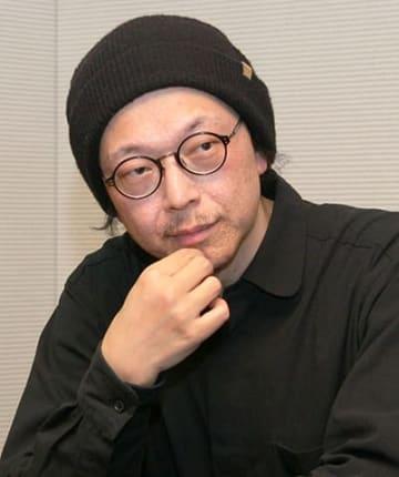 インタビューに応じる宮川サトシさん=大垣市内