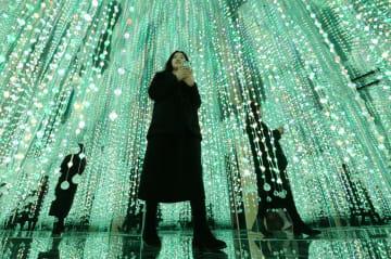 幻想的な「3D星空体験館」登場! 河北省邯鄲市