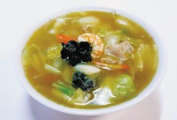 具だくさんで、コシのある細麺も絶品の「広東麺」(950円)。お店の一番人気です