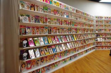 日本の公立館で初めて漫画部門を設立、収集・展示を行なった『川崎市市民ミュージアム』を深掘りしてみた