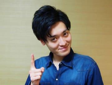 【イケメン訪問記】お笑いトリオ・青色1号 仮屋想