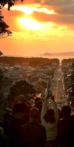 「光の道」シーズン到来 宮地嶽神社、3月上旬まで [福岡県]