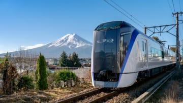 毎日 新宿発でダイレクトに富士山!