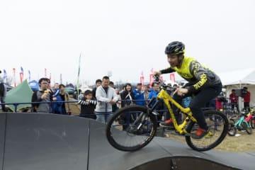 サイクルモードライド大阪2019「パンプトラック」オフロードバイクを体感!