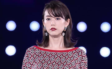 桐谷美玲&佐藤ありさ親子の3ショットにファンほっこり「最高コンビ」「みれあり大好き」