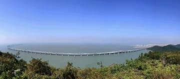 中国・珠海と香港、マカオを結ぶ海上橋「香港・珠海・マカオ大橋」=2017年12月(香港政府提供・共同)