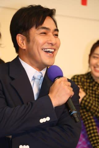 NHK大阪放送局で行われた会見に出席した北村一輝さん