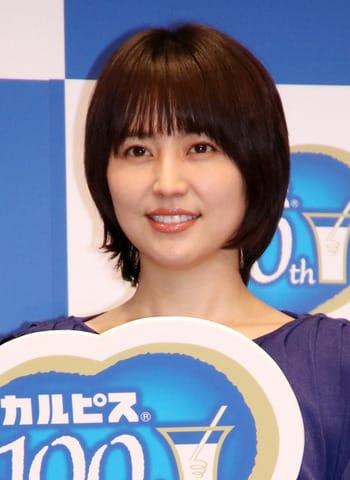 「カルピス」のブランド100周年の新CM発表会に登場した長澤まさみさん