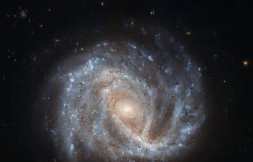 """銀河までの距離を示す""""Ia型超新星""""という灯台"""