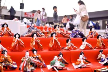 「みなまきひなまつり」約250体のひな人形展示やおはなし会ほか