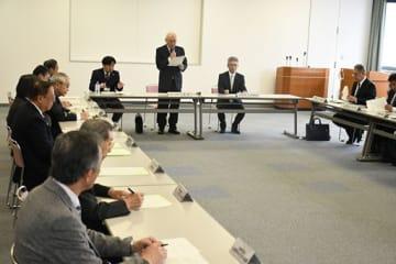 平成最後の弘前さくらまつりの事業案などを報告した実行委員会の会合
