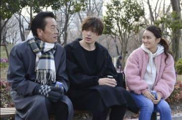 女優の岡田結実さんの主演ドラマ「私のおじさん~WATAOJI~」の第6話の1シーン(C)テレビ朝日