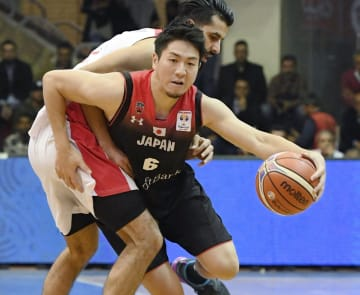 Basketball: Hiejima pushes Japan to brink of World Cup qualification