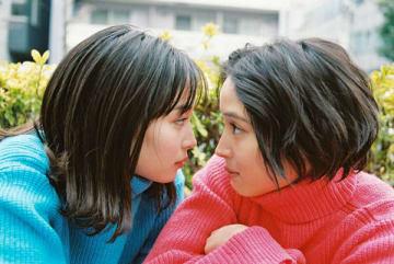 広瀬アリスさん、すずさん姉妹の写真展「GINZA PLACE presents OH MY SISTER! -広瀬姉妹・写真展-」の展示作品