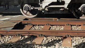 京急線黄金町駅で人身事故 約3万人に影響