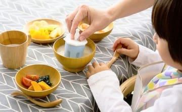 熱々のおかゆも手早く冷ませる!「離乳食クーラー」で毎日の食事がラクに