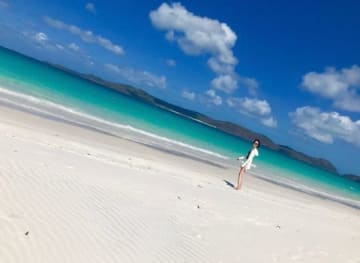 オーストラリア・ホワイトヘブンビーチを楽しむ旅サラダガールズの渡辺舞さん(C)ABC