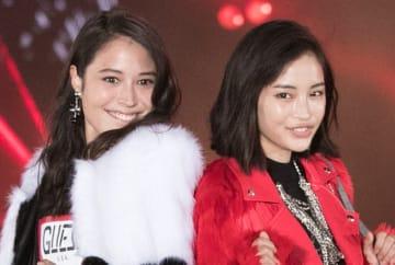 「日本一の美人姉妹」広瀬アリス&すず、笑顔の仲良し姉妹ショットが話題に