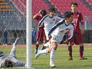 サッカー京都府高校新人大会の決勝戦(西京極)